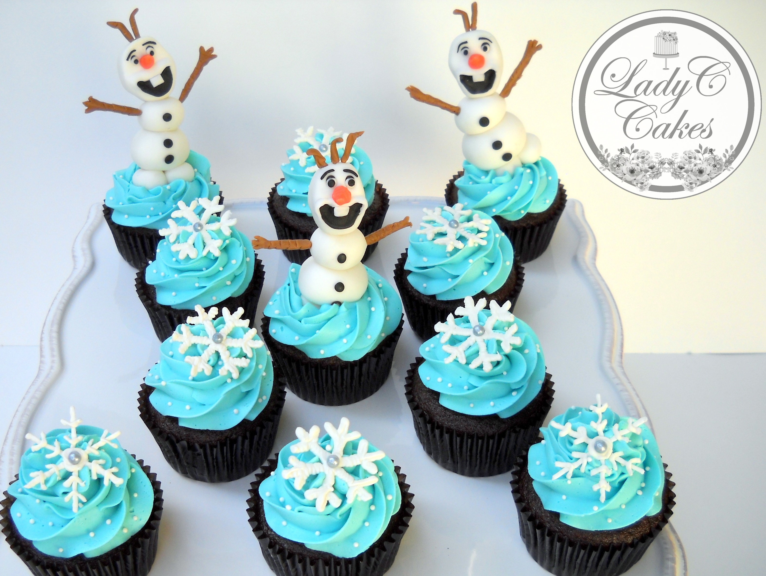 Olaf Themed Cupcakes